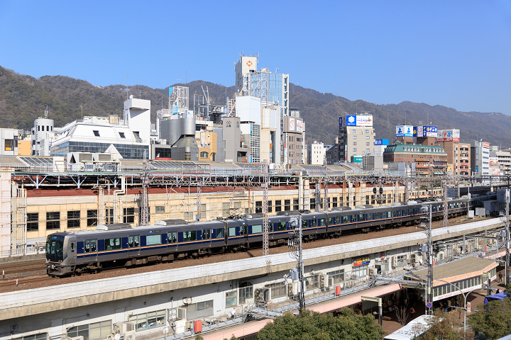 321-33(三ノ宮~元町)s