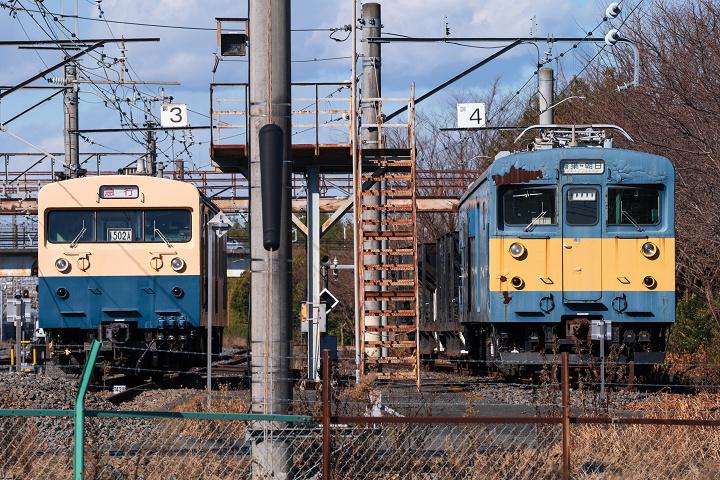 クモヤ143-476s