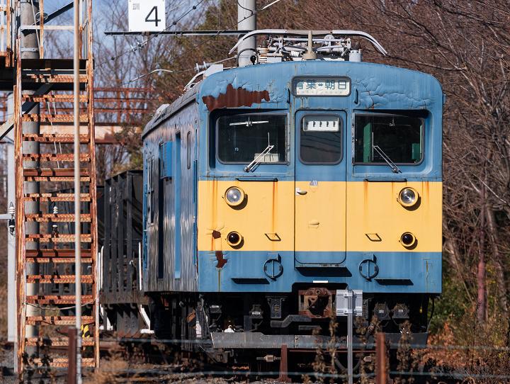 クモヤ143-471s