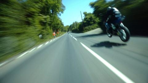 恐怖のマン島TTレース_01