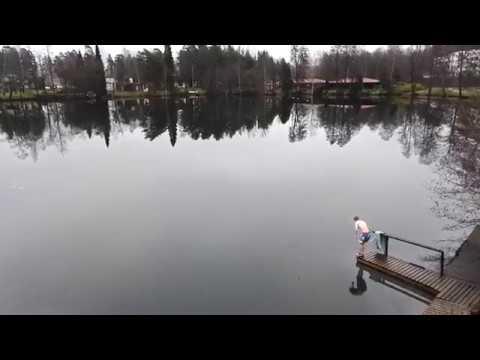 鏡のような湖_01