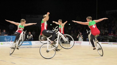 自転車の体操の団体戦_01