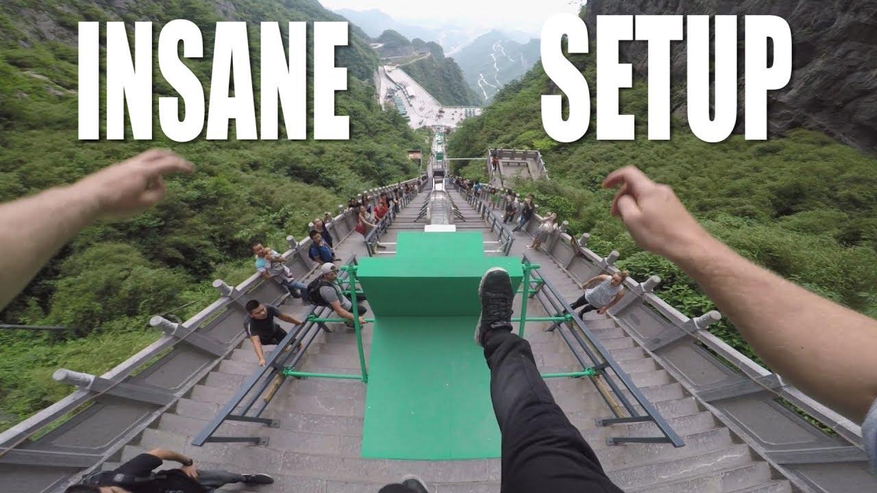 【閲覧注意】999段の階段に設置された巨大な障害物のコースが恐ろしい!!