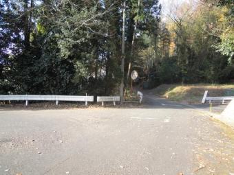 右に曲がる201226