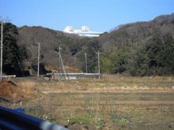 青空に映える建物210113