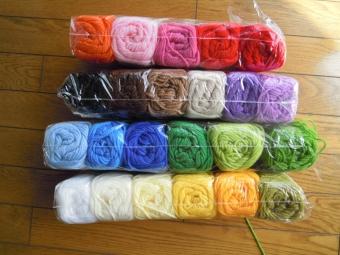 23色につられてアクリル毛糸210406