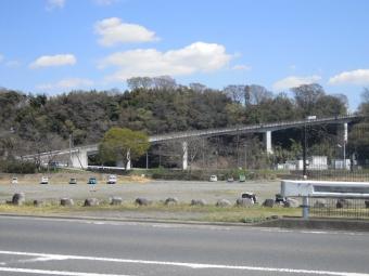 八菅橋一気に登ります210323