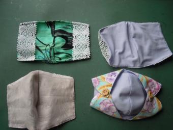 レースと布の間に不織布マスク