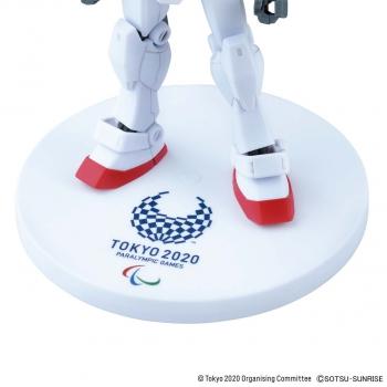 HG 1:144 RX-78-2 ガンダム(東京2020パラリンピックエンブレム)3