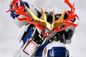 METAL ROBOT魂 ガンダムバルバトスルプスレクスt (1)