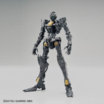 MG 1:100 ガンダムベース限定 ガンダムバルバトス[クリアカラー]3