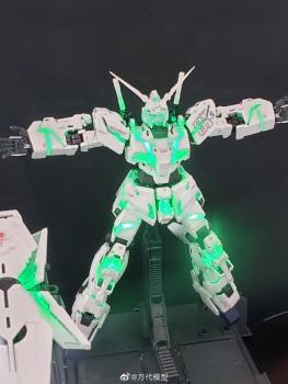 MGEX 1:100 ユニコーンガンダム Ver.Kaの展示3