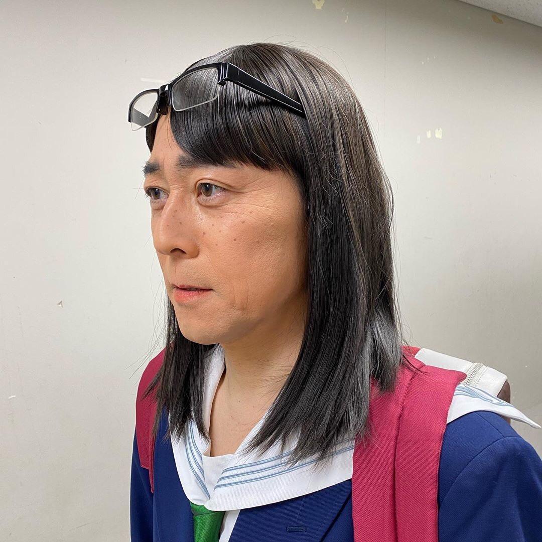 東野幸治がアニメ『映像研』の金森氏のコスプレ