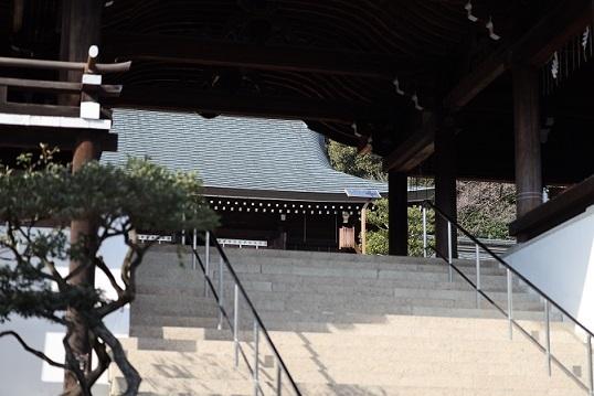 外拝殿210114