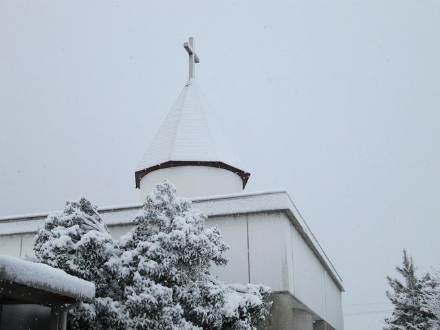 常楽園屋根雪
