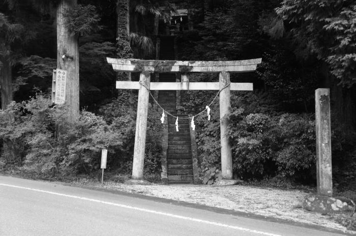 加曾山神社01