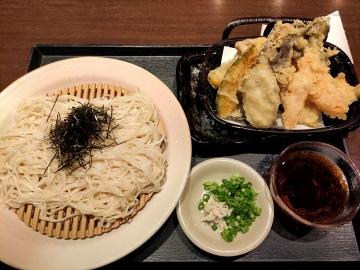 カッパクリエイト 北海道 生ひやむぎと彩り野菜の天ぷら01 2008 201909