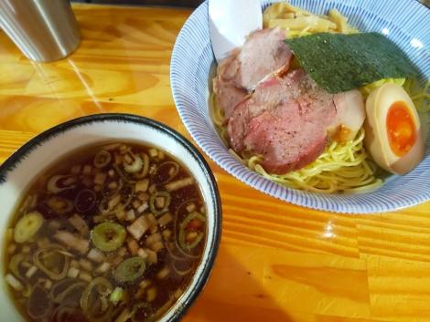 キリリ醤油つけ麺