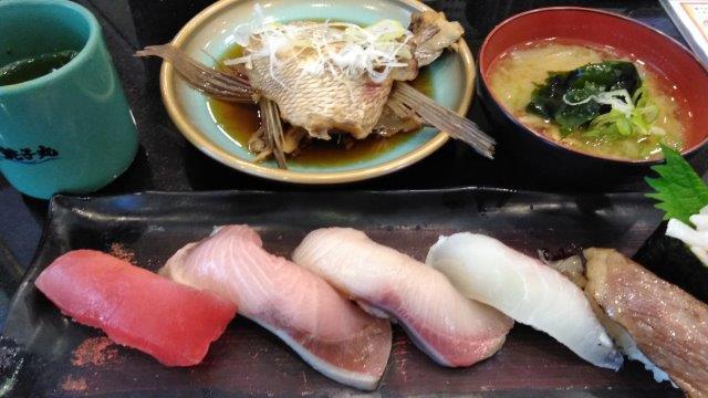 寿司の押し売り (2)