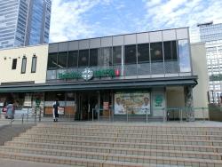 クリスピー・クリーム・ドーナツ1号店跡地 新宿駅東口記事2