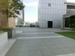 6階ガーデン 新宿駅南口記事