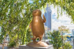 SUICAのペンギン 「お出かけに行く」 新宿駅南口記事