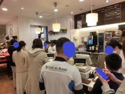 レジカウンターの様子 神戸屋記事