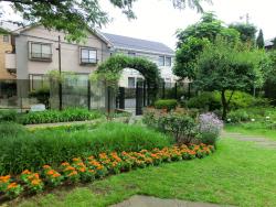 ねむの木の庭2 五反田駅界隈散策2