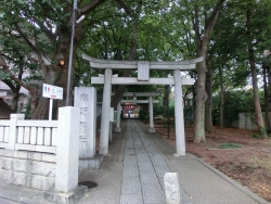 自由が丘 熊野神社 自由が丘芸能人自宅とレストラン・カフェ1