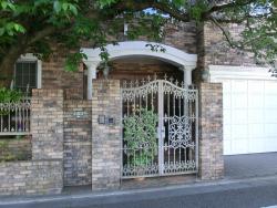 美川憲一の自宅2 玄関 桜新町・深沢散策2
