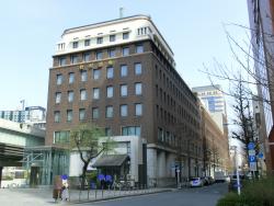 野村證券ビル 橋梁としての日本橋3