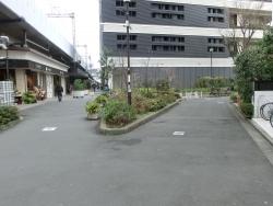 笹塚駅前緑道 三田用水跡散策1