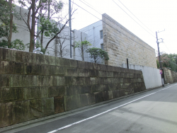 ユニクロ柳井社長邸宅3 三田用水散策2