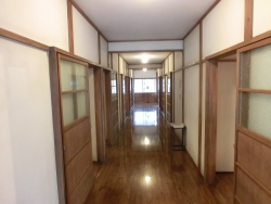 トキワ荘 廊下1 ふるいち記事
