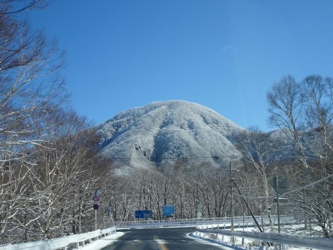 黒檜山、真っ白