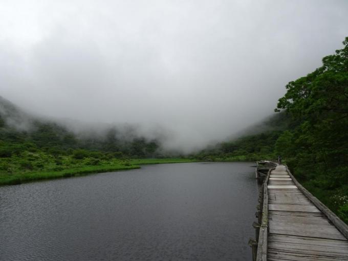 押し寄せる霧 この後雨が