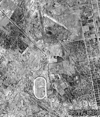 空中写真1948年 琴似川旧河道 新川への接続の下流部