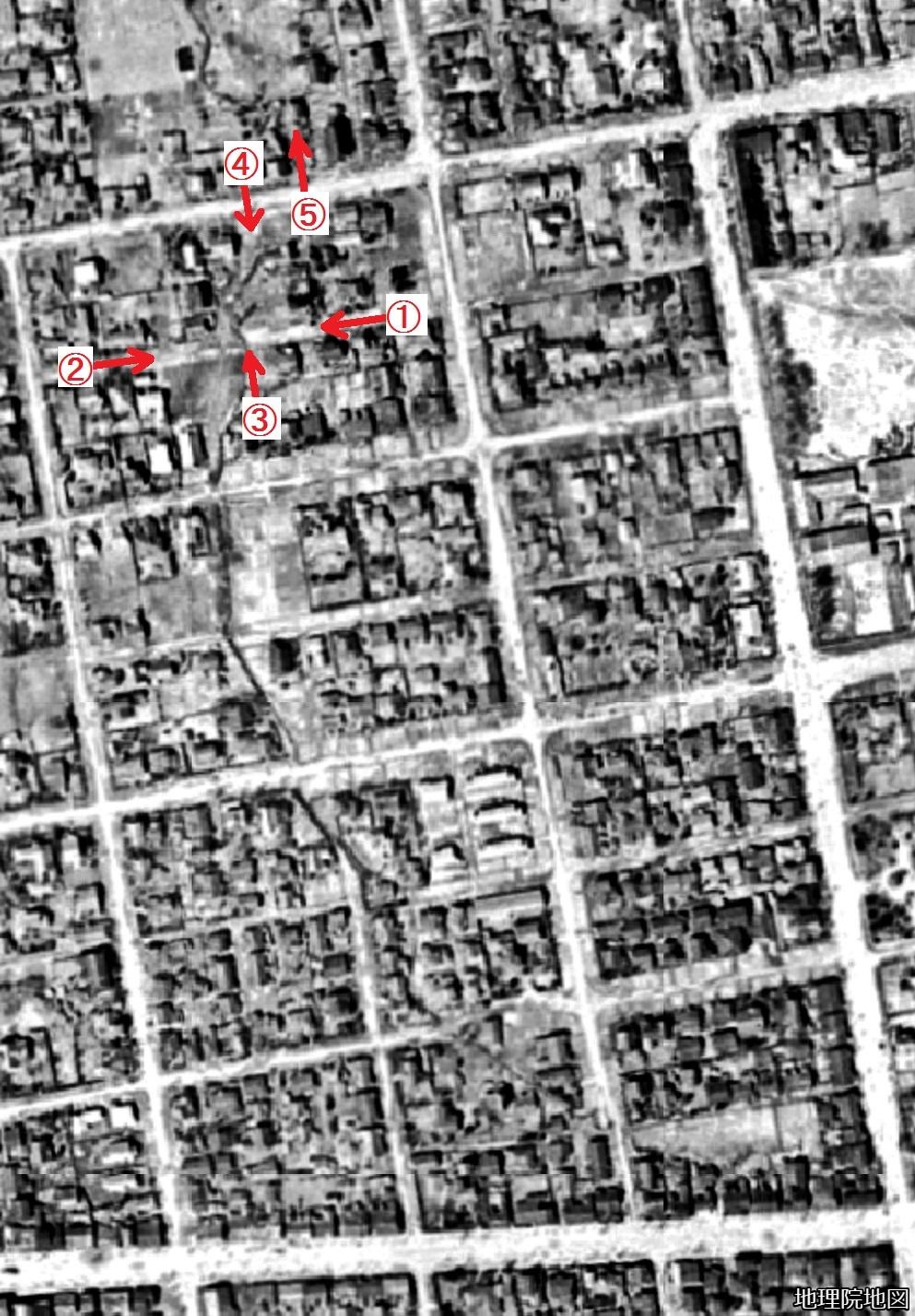空中写真1948年 北4条中通西線、北5条線 西21丁目、22丁目界隈