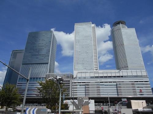 名古屋駅西口からJRセントラルタワーズ