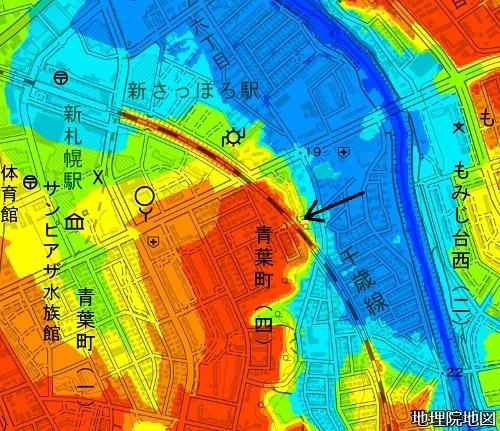 色別標高図 市道下野幌線 JR千歳線の架道橋
