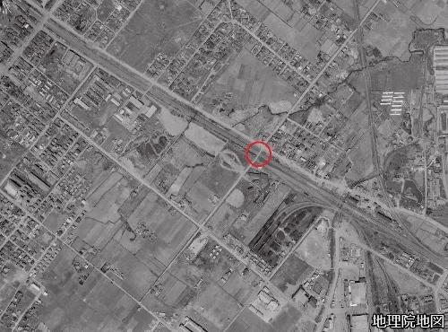 空中写真1961年 国鉄泰和踏切