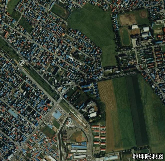 空中写真1985年 琴似川旧河道 武蔵短大、白楊町内会付近