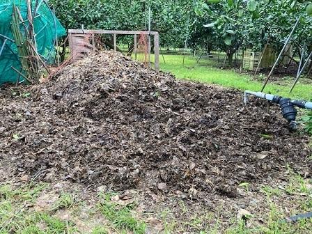 剪定屑堆肥