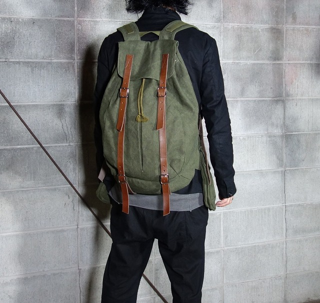 20AW-BACKpackKHAKI1.jpg