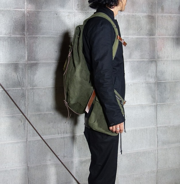 20AW-BACKpackKHAKI2.jpg
