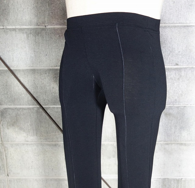 20AW-OVERLOCKleggings3.jpg