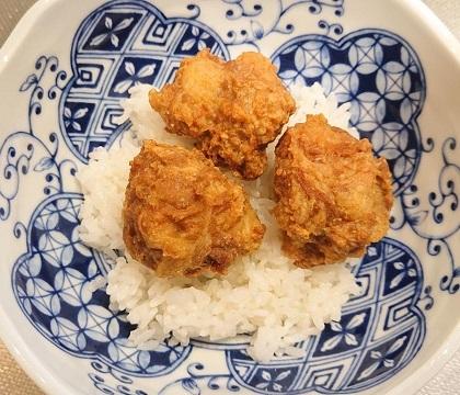 麻婆豆腐だれの豚ボール丼11