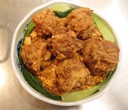 麻婆豆腐だれの豚ボール丼16