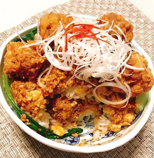 麻婆豆腐だれの豚ボール丼20