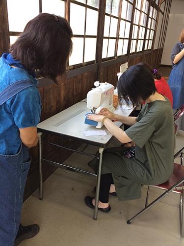 200905_2期生藍染めマスクづくりws02